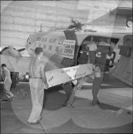 OS Helsinki 1952: Verladen der Schweizer Ruderboote, Flughafen Zürich-Kloten