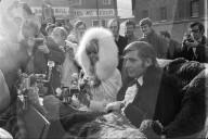 Mirja Larrson und Gunter Sachs heiraten in St. Moritz 1969
