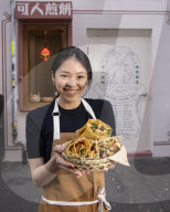 REPORTAGE - Food in London: Lady Jianbing Trading Stall