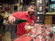 REPORTAGE - Ukraine: Politische Biere mit einer 'SMS an Europa'