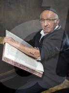REPORTAGE - Portraits von Holocaust-Überlebenden