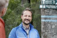 ROYALS -  Kronprinz Haakon wandert in Norwegen