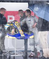 ROYALS - Prinz Carl Philip von Schweden nimmt bei starkem Regen am Kart-Rennen im GTR-Motorpark in Eskilstuna, Schweden, teil