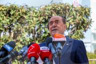 NEWS - Silvio Berlusconi verlässt das Krankenhaus San Raffaele