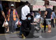 NEWS - Coronavirus: Israelis kaufen ein für Rosch Haschana vor erneutem Lockdown