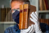 FEATURE - Das Gesetz der Schwerkraft unter dem Hammer: Versteigerung von Sir Isaac Newtons Traktat Philosophiae Naturalis Principia Mathematica