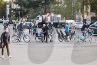 NEWS - Coronavirus: In Paris wird mehr mit dem Velo gefahren