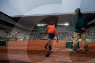 SPORT - Tennis: French Open im Roland-Garros-Stadion fast ohne Zuschauer