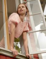 PEOPLE -  Birgit Kos posiert für die zweite Kampagne von For Love & Lemons x Victoria's Secret