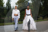 MODE - Paris Fashion Week Frühling/Sommer 2021: Koche