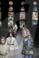 MODE - Paris Fashion Week Frühling/Sommer 2021: Dior