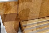 FEATURE - Doppelbett, das einst Elton John gehörte, wird versteigert