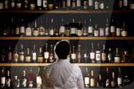 FEATURE - Die weltweit größte private Whiskysammlung mit 9000 Flaschen wird voraussichtlich 3,9 Mio. GBP bei einer Auktion erzielen