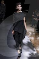 MODE - Paris Fashion Week Frühling/Sommer 2021: Yamamoto