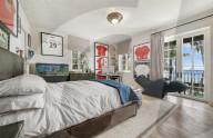 PEOPLE - Phil Collins hat seine 11-Zimmer-Villa in Miami Beach verkauft