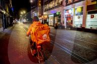 NEWS - Coronavirus: Die Polizei überwacht die nächtliche Ausgangssperre in Amsterdam
