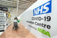 NEWS - Coronavirus: Erste Impfungen im britischen ASDA-Supermarkt
