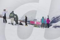 NEWS - Coronavirus: Livigno - Sperrung der Skianlagen hindert nicht am Skifahren am Foscagno-Pass