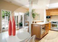 PEOPLE -  Harry Styles und Olivia Wilde wohnen Berichten zufolge gemeinsam in diesem Haus in den Hollywood Hills, Los Angeles