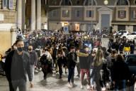NEWS - Coronavirus: Rom: Die Bevölkerung wird von Treffpunkten in der Stadt weggewiesen
