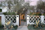 PEOPLE -  Justin Bieber und seine Frau Hailey haben ihre Beverly Hills-Villa mit Verlust verkauft