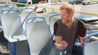 "PEOPLE - Prinz Harry spricht offen bei James Cordens ""The Late Late Show"" während Bustour durch LA"