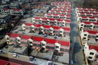 FEATURE - Reihenhaussiedlungen in Linyi, Ostchinas Provinz Shandong