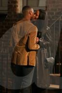 """PEOPLE - Michael B. Jordan und Chante Adams küssen sich am Set von """"A Journal For Jordan"""""""