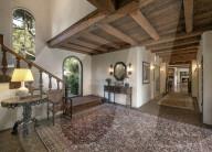 PEOPLE - Adam Levine und Behati Prinsloo haben kürzlich dieses Anwesen El Miraval gekauft