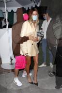 PEOPLE - Justin und Hailey Bieber verlassen die San Vicente Bungalows nach dem Abendessen