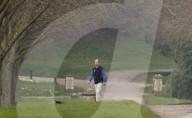 ROYALS -  Prinz Edward geht mit seinem Hund spazieren