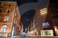 NEWS - Coronavirus: Ausgangssperre in Hamburg - Nächtliche Ansichten einer ausgestorbenen Stadt