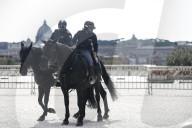 NEWS - Coronavirus: Oster-Lockdown - Die Polizei kontrolliert in Rom die Einhaltung der Massnahmen