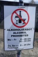 FEATURE - Kein Bier, kein Wein, kein Schnaps: Alkoholverbot beinahe rund um die Uhr an der Elbe