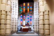 FEATURE - Verspielt: Organist Daniel Smith baut seinen Arbeitsplatz aus Lego nach