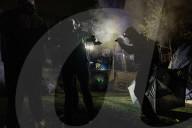 NEWS - Demonstranten und Polizei in der dritten Nacht der Proteste nach dem Tod von Daunte Write in Brooklyn Center, Minnesota,