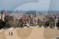 NEWS - Coronavirus: Barcelonas bekannter Park Güell  wirkt ohne Touristenmassen ruhig und beschaulich