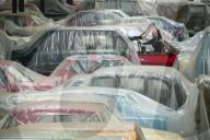 FEATURE - Einzigartige Sammlung von 130 britischen Autos in fast ebenso vielen Farbschattierungen in Derbyshire