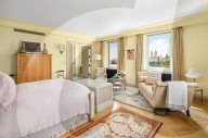 PEOPLE - Bette Midler hat ihr Triplex-Penthouse in Manhattan, New York, verkauft