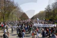 NEWS - Coronavirus: Corona-Demo in Berlin