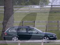 ROYALS -  Die Queen macht an ihrem 95. Geburtstag einen Ausflug mit dem Auto nach Frogmore