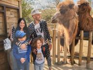 PEOPLE - Arsenal-Captain Pierre-Emerick Aubameyang besucht mit seiner Familie den Paradise Wildlife Park