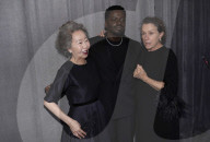 "PEOPLE - Oscars 2021: Film ""Nomadland"" von Chloé Zhao mit Frances McDormand räumt ab"