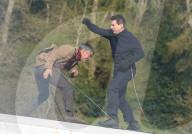 PEOPLE -  Tom Cruise und Hayley Atwell drehen auf fahrendem Zug Kampfszene für MI7