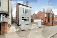 FEATURE - Grossbritanniens kleinstes Einfamilienhaus mit einer Breite von nur 3 Meter 70 steht für 160'000 Euro zum Kauf