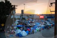 REPORTAGE - Leben in Ungewissheit: Migranten in der Zeltstadt bei Tijuana, Mexico an der US-Grenze