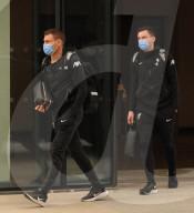 SPORT - Liverpooler Spieler verlassen das Hotel in Manchester, nachdem das Spiel zwischen Liverpool und Manchester United abgebrochen wurde