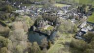 FEATURE - Caverswall Castle, eines der letzten bewohnbaren Wasserschlösser Englands, wird vor dem Verfall gerettet