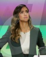 PEOPLE -  Jessica Alba läutet die Nasdaq-Eröffnungsglocke