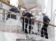ROYALS - Prinz Haakon und König Harald inspizieren die königliche Yacht Norge